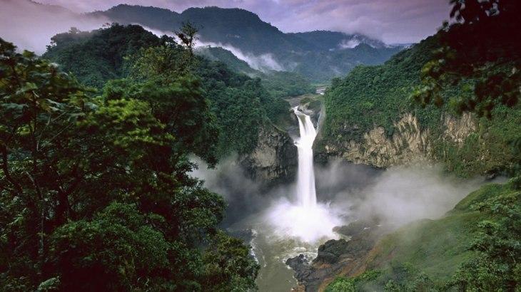 San-Rafael-Falls-Quijos-River-Amazon-Ecuador